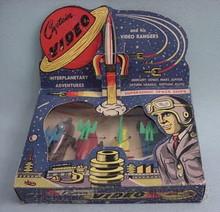 Brinquedos antigos -  - Caixa tipo vitrine do conjunto de seis naves espaciais de plástico Capitan Video fabricado na década de 1950 pela Lido Toy co. U.S.A.