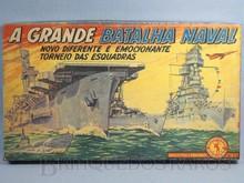 Brinquedos antigos -  - Caixa do Jogo A Grande Batalha Naval fabricado pela Guaporé Brasil na década de 1970 Trabalho Assinado pelo Artista Kraus