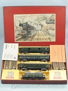 Brinquedo antigo Marklin Conjunto com Locomotiva elétrica SET800 três vagões de passageiros Trilhos e Manual de instruções Ano 1954