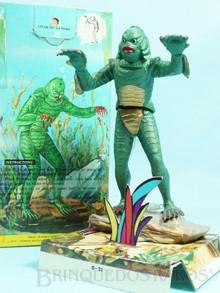 Brinquedos antigos -  - Adorno de Aquário O Monstro da Lagoa Negra The Creature From The Black Lagoon com 16,00 cm de altura Fabricado pela Penn Plax Hong Kong em plástico rígido Movimento através de bolhas de ar Ano 1971