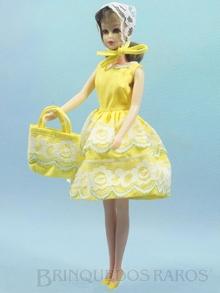Brinquedo antigo Boneca Francie vestindo o Conjunto Fresh As A Daisy Ano 1966