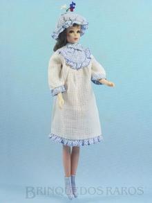 Brinquedo antigo Boneca Francie vestindo o Conjunto Tuckered Out Anos 1966 e 1967