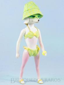 Brinquedo antigo Boneca Peteena vestindo o Conjunto de praia Surf`s Up Ano 1966