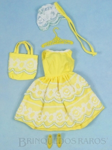 Brinquedo antigo Conjunto completo Fresh As A Daisy com 4 itens É o Vestido considerado  o mais romântico do ano de 1966