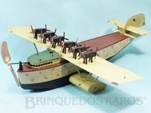 Brinquedos antigos -  - Hidroavião Dornier DoX com 45,00 cm de envergadura Fabricado pela Fleischmann Alemanha em lata com motor à corda Flutua e navega impulsionado pela hélice frontal Ano 1935