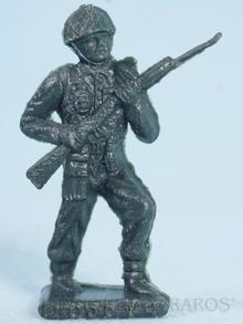 Brinquedo antigo Soldado Toddy avançando com Fuzil Numerado 4