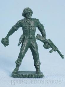 Brinquedo antigo Soldado Toddy de pé com Metralhadora atirando granada Numerado 3