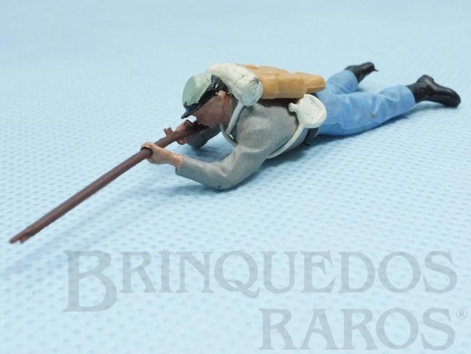Brinquedo antigo Soldado Confederado deitado atirando com Fuzil Década de 1960