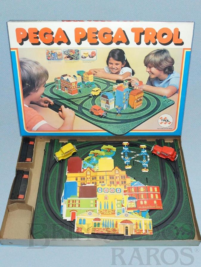 Brinquedo antigo Pega Pega Trol perfeito estado Completo segunda série Cenário ainda por montar Década de 1970