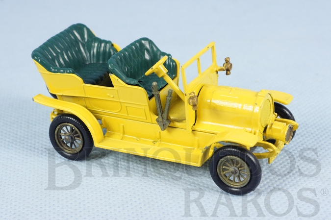 Brinquedo antigo 1904 Spyker Tourer Yesteryear amarelo escuro Década de 1960