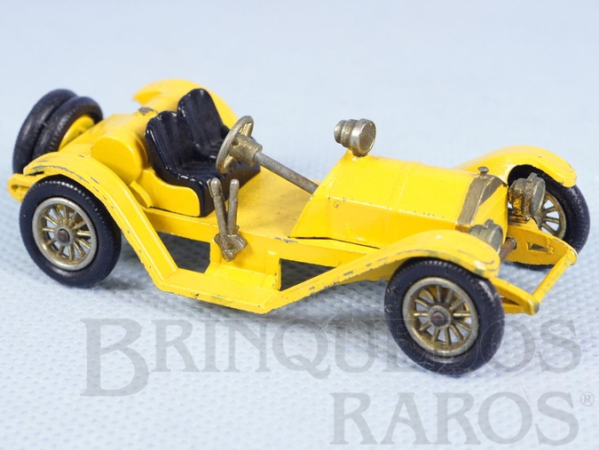 Brinquedo antigo 1913 Mercer Raceabout Yesteryear amarelo Década de 1960