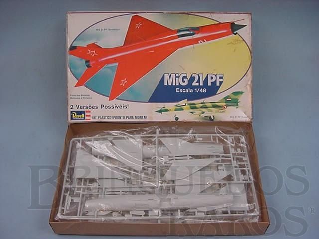 Brinquedo antigo Avião Mig-21 PF Caixa mole Década de 1980