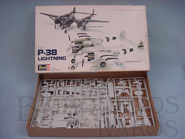 Brinquedo antigo Avião P-38 Lightning Caixa mole Década de 1980