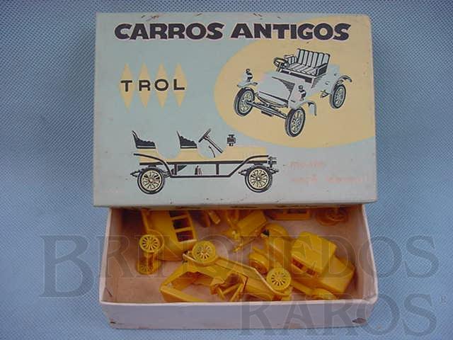 Brinquedo antigo Conjunto com cinco carros diversos Carros antigos Caixa Azul