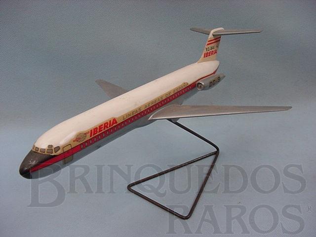 Brinquedo antigo Avião McDonnell Douglas DC-9 Ibéria maquete montada Década de 1970
