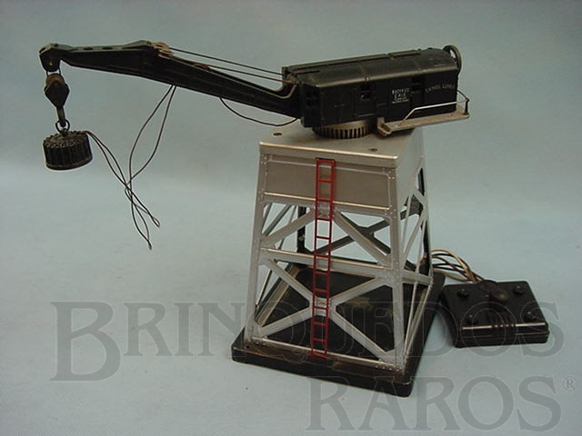 Brinquedo antigo Torre com guindaste eletromagnético 182 Magnet Crane Ano 1946 a 1949