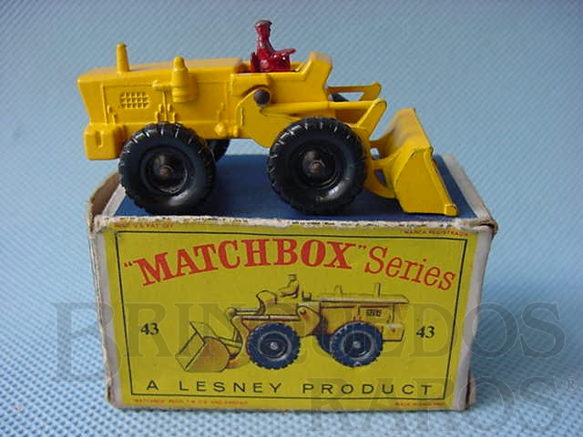 Brinquedo antigo Aveling Barford Tractor Shovel Black Plastic Regular Wheels motorista vermelho