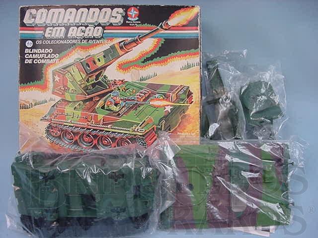 Brinquedo antigo Comandos em Ação Blindado Camuflado de Combate lacrado