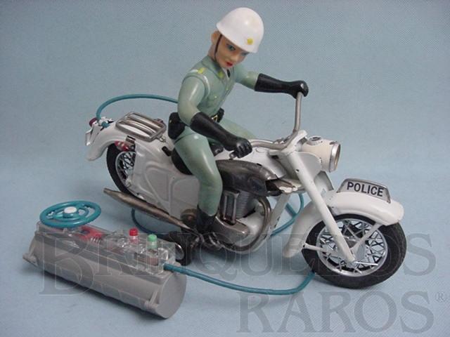 Brinquedo antigo Motocicleta de Policia com Policial 29,00 de comprimento Com cabo Década de 1960