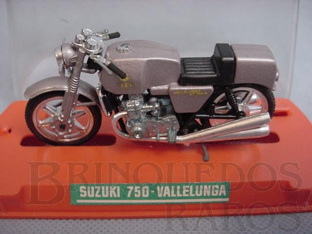 Brinquedo antigo Suzuki 750 Vallelunga 1980