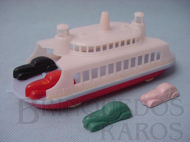 Brinquedo antigo Ferry Boat 18 cm de comprimento com quatro carros de 4,00 cm Década de 1950