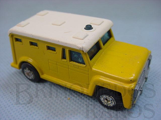 Brinquedo antigo Armored Truck Superfast amarelo Brazilian Matchbox Inbrima 1970
