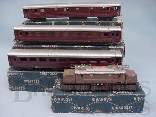 Brinquedo antigo Conjunto de Locomotiva elétrica um Vagão de Bagagens e 2 Carros de Passageiros Década de 1950