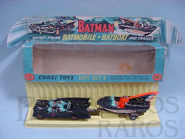 Brinquedo antigo Batman Gift Set Batmobile whit Batboat Batmóvel com Batlancha primeira série completo Ano 1966