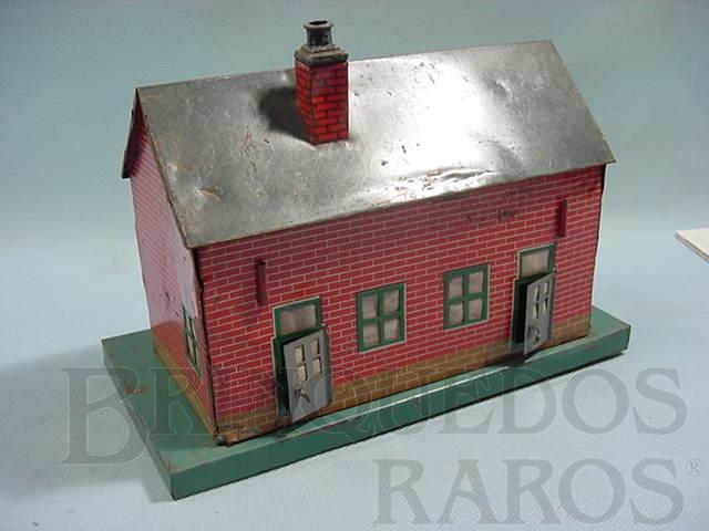 Brinquedo antigo Casa padrão tijolinho com 25,00 cm de comprimento Bitola O Década de 1950