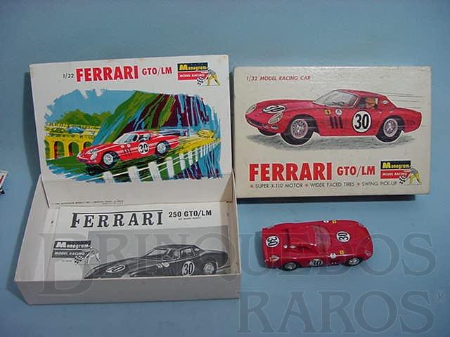 Brinquedo antigo Ferrari 250 GTO Le Mans kit montado Década de 1970