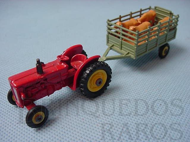 Brinquedo antigo BM Volvo Tractor com reboque Husky