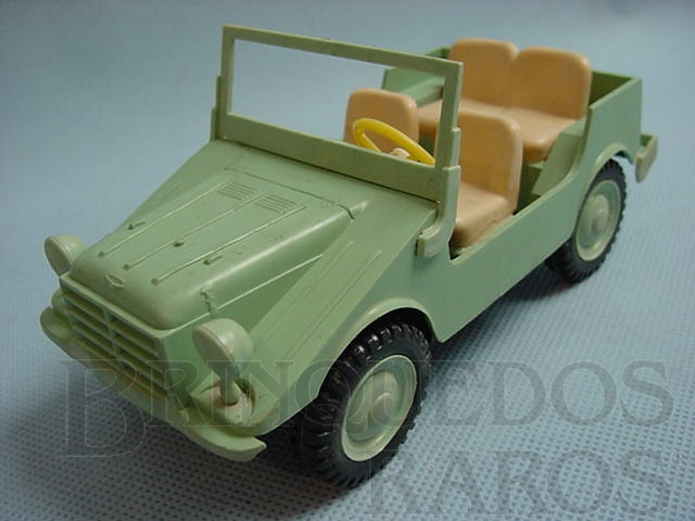 Brinquedo antigo Jipe DKW Candango Kit montado Década de 1960