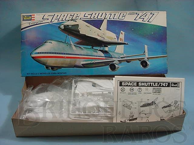 Brinquedo antigo Avião Boeing 747 com Space Shuttle Enterprise
