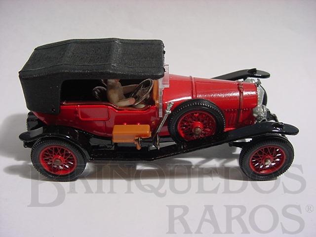 Brinquedo antigo Bentley 1927 vermelho com motorista Série Corgi Classics