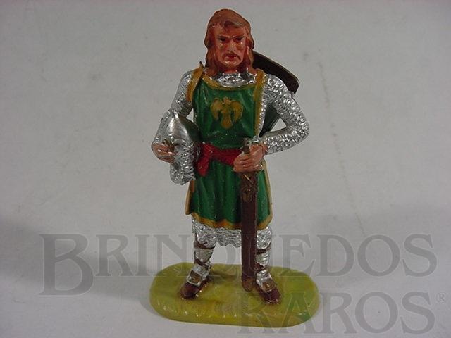 Brinquedo antigo Cavaleiro medieval a pé com escudo e espada