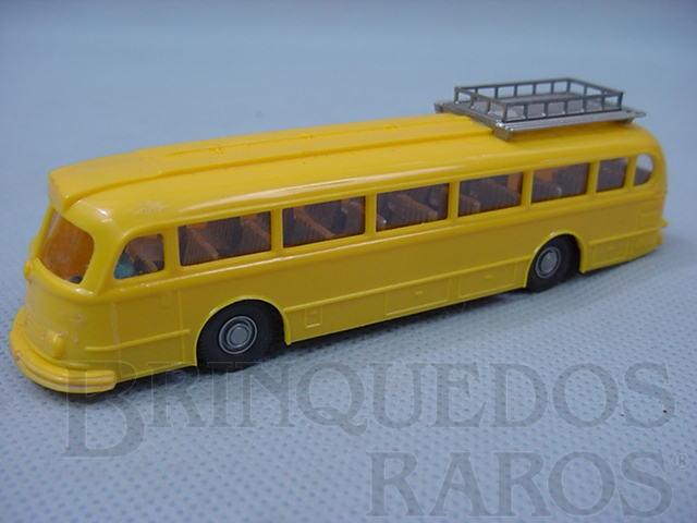 Brinquedo antigo Ônibus Mercedes Benz 6600 amarelo com bagageiro e motorista Década de 1960