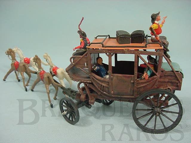 Brinquedo antigo Diligência completa com quatro figuras Gulliver e bagagens Série Gunsmoke Década de 1970