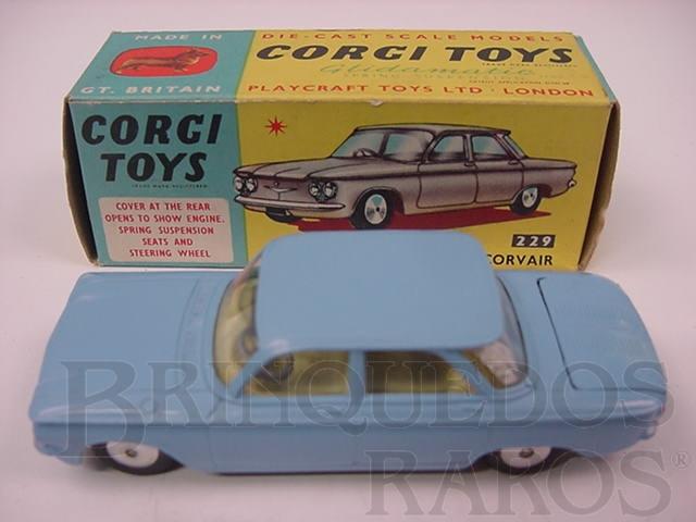 Brinquedo antigo Chevrolet Corvair