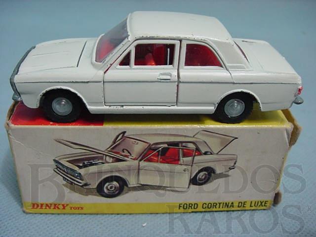 Brinquedo antigo Ford Cortina Mark II de Luxe Ano 1967 a 1970