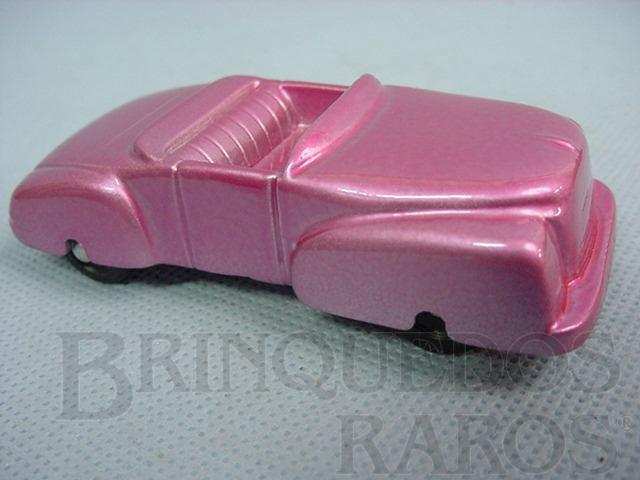 Brinquedo antigo Carro Conversível com 9,00 cm de comprimento. Década de 1950