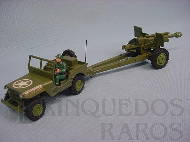 Brinquedo antigo US Jeep Willys with 105 mm Gun Década de 1960