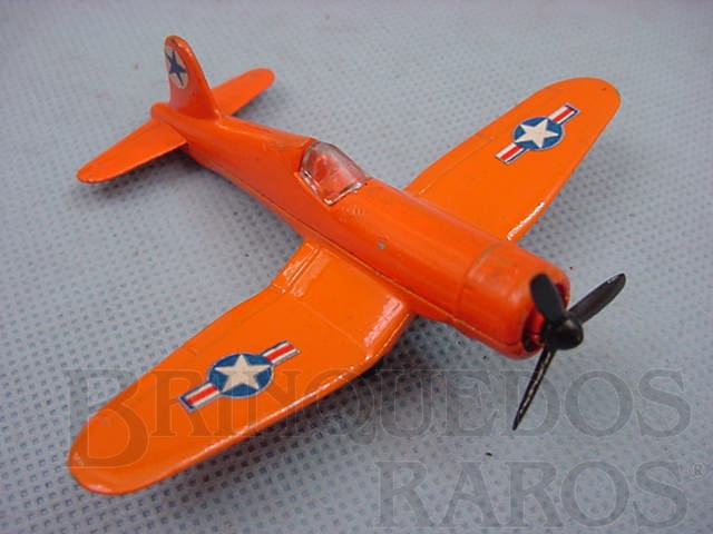 Brinquedo antigo Corsair F4U Sky Busters laranja Brazilian Matchbox Inbrima 1970