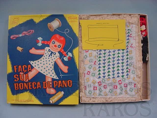 Brinquedo antigo Faça sua Boneca de Pano completo Década de 1960