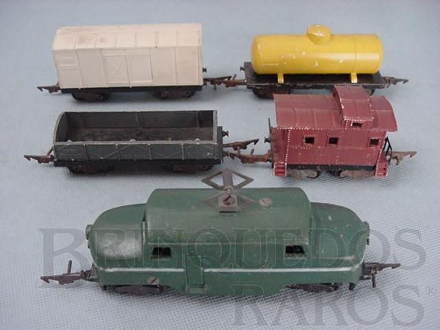 Brinquedo antigo Conjunto de Locomotiva e quatro vagões de carga Primeiro trem elétrico brasileiro Sistema C.A. Ano 1956