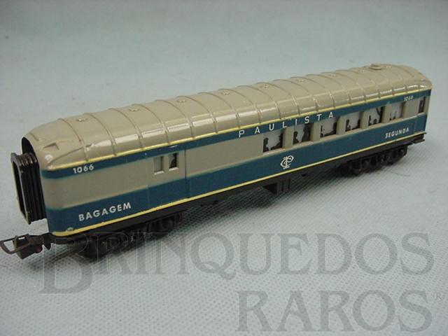 Brinquedo antigo Carro de Passageiros azul Companhia Paulista segunda classe e bagagem Década de 1970