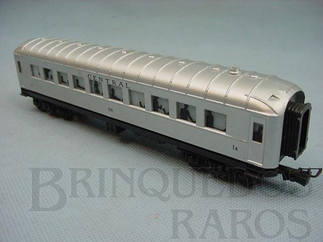 Brinquedo antigo Carro de Passageiros prata Central do Brasil primeira classe Década de 1970