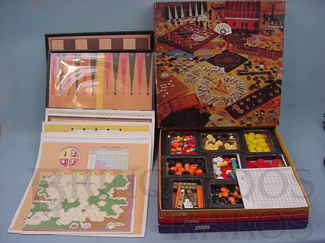 Brinquedo antigo Conjunto Todos os Jogos do Mundo Fascículos da Editora Abril Década de 1980 Completo