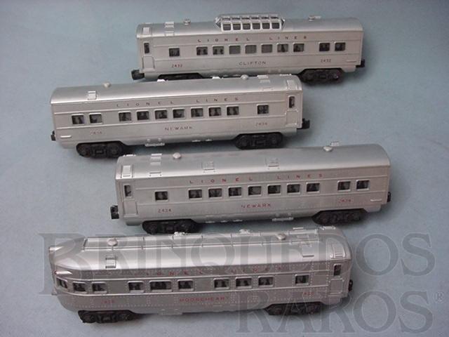 Brinquedo antigo Conjunto de quatro Carros de Passageiros de plástico pintados de alumínio Ano 1957