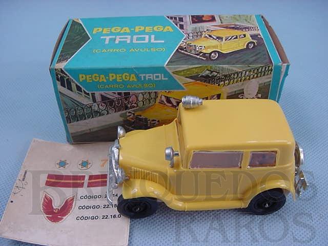 Brinquedo antigo Carro avulso para Pega Pega Trol amarelo Adesivos ainda por colar