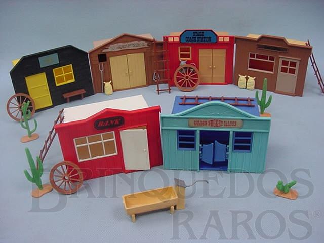 Brinquedo antigo Cidade do Faroeste com seis Casas completa Década de 1970